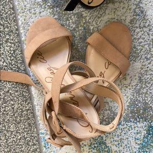 Nude heel sandals suede